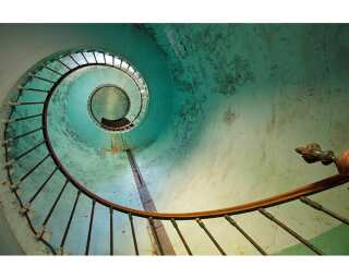 Fototapete «Spiral Staircase» 036050