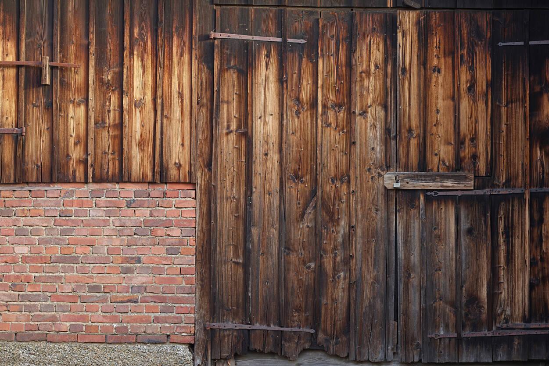 Architects Paper Photo Wallpaper Old Barn Door 470422