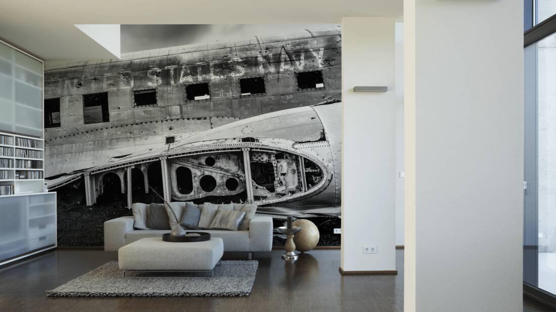 Architects Paper Fototapete «US-Flugzeugwrack in Schwarz-Weiß» 470517